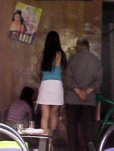 美女丝袜换妻在线观看_『合集』记者暗拍揭秘台湾换妻俱乐部